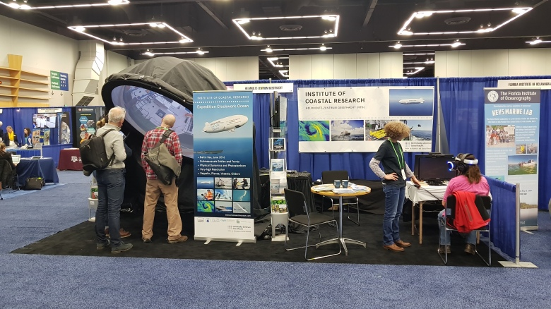 The stand of HZG at OSM. Photo: HZG/Burkard Baschek